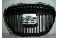 Grelha frontal Seat Ibiza 6L - Aro cromado