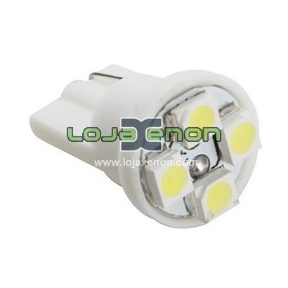 Lâmpada em LED W5W T10 com 4 LEDS SMD 6000k